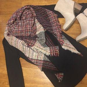 NWT Plaid Blanket Scarf Wrap BOUTIQUE